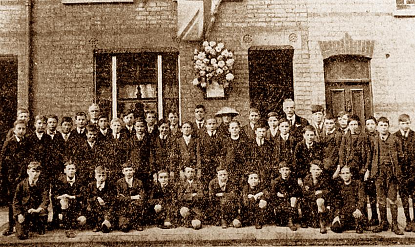 Cambridge Street war shrine