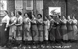 Photograph of Munitions Workers, Luton